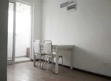 松南城谷水佳苑 3室1厅1卫