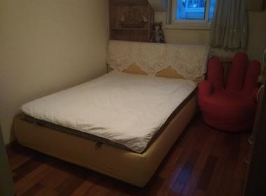 黄金苑 1室0厅0卫