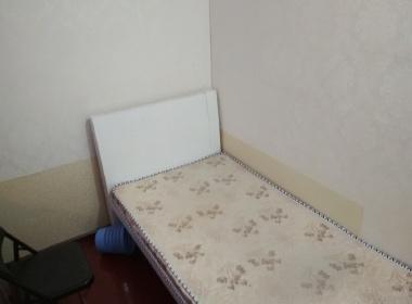 江南豪园 1室0厅0卫