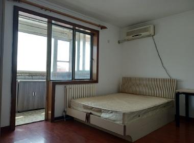青年路小区南区(雅成一里) 1室0厅0卫
