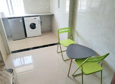 余庆公寓 1室0厅1卫