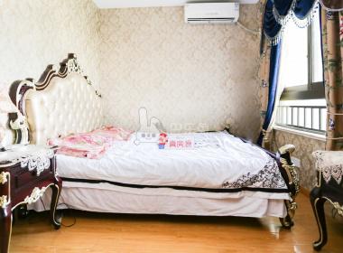 万和尊邸 1室1厅1卫