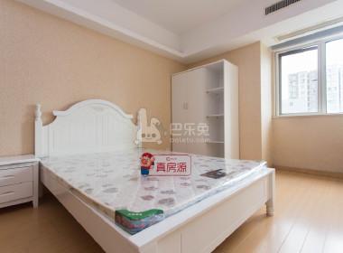 峨嵋公寓 1室1厅1卫