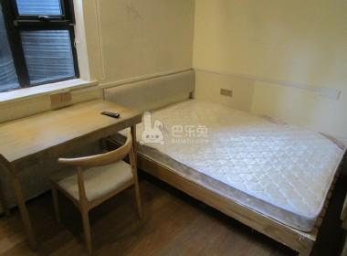 瑞金路52号 1室1厅1卫