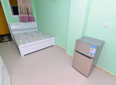 逸居公寓(浦江镇店) 1室0厅1卫