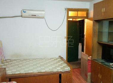 三阳小区(中山北路255弄) 1室0厅1卫