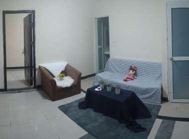 E+青年公寓(建宁路店) 2室1厅1卫