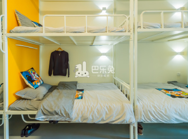 冠寓(新港店) 1室0厅1卫