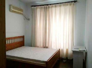 华丽家园 1室0厅0卫