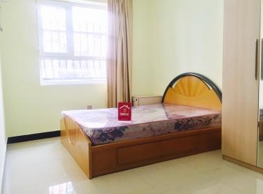 贵族公寓(何各庄店) 1室0厅1卫