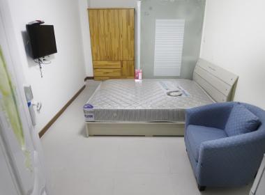 美佳公寓(京江路二店) 1室0厅1卫