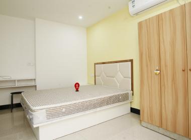 V领地社区(曹安公路店) 1室0厅1卫