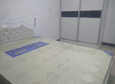 金沙湾绿地和苑 2室1厅1卫