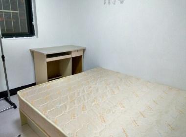 龙博公寓 1室0厅0卫