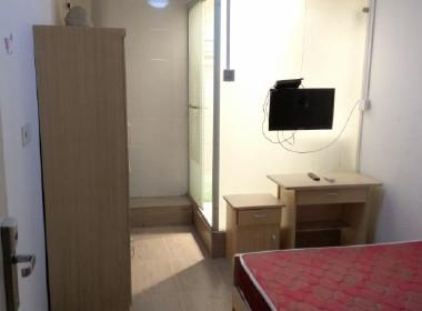 龙飞公寓 1室0厅1卫