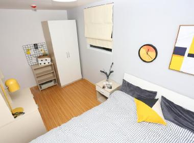 世联红璞公寓(南阳店) 1室0厅0卫
