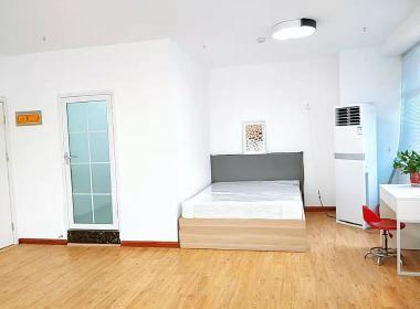 世联红璞公寓(百货大楼店) 1室0厅1卫