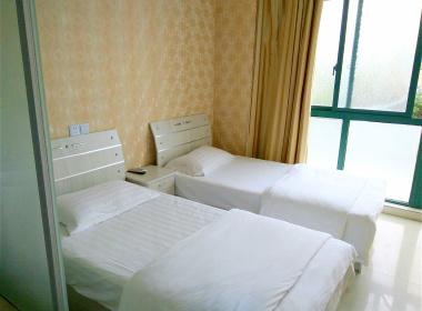 祁寓公寓 1室0厅1卫