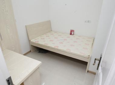 靓巢青年公寓(三源路店) 1室0厅1卫