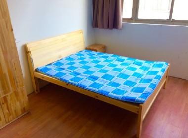568青年公寓 1室0厅1卫