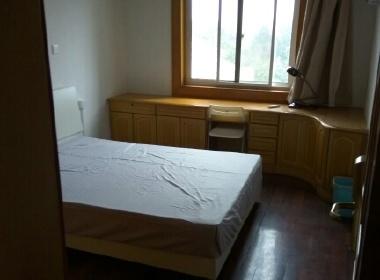 江虹花园 1室0厅1卫