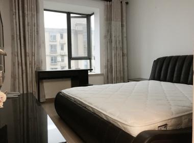 张江名流豪庭 3室1厅1卫