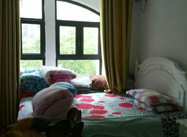 南山雨果西区 2室2厅1卫