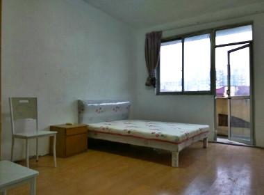 罗阳七村三洲花园 1室1厅1卫