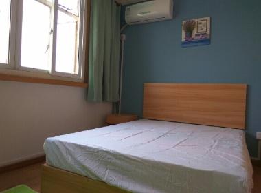 虹口场中公寓 1室0厅0卫
