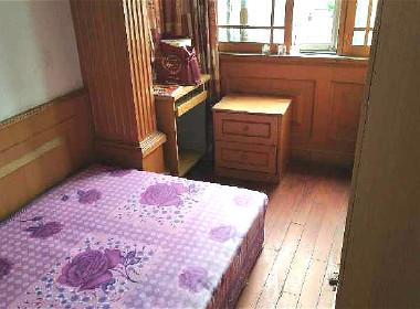 济阳三村(耀华路550弄) 1室1厅1卫