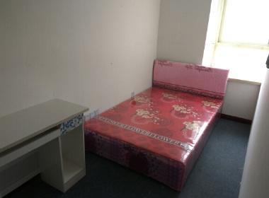 书香公寓 1室0厅0卫