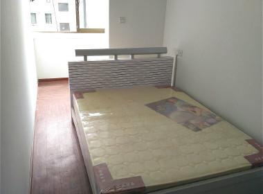 鸿基公寓 1室0厅0卫