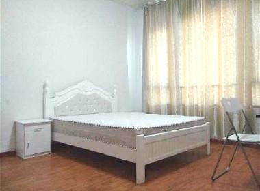 华亭公寓 1室0厅0卫