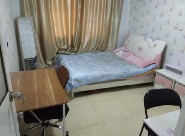 龙腾苑 1室0厅1卫