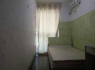 金东名苑东区 1室0厅0卫