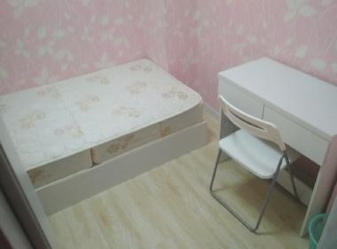 金淞家园 1室0厅0卫