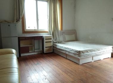 宏城公寓 1室0厅0卫