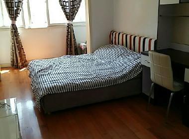 海鑫公寓 3室2厅1卫