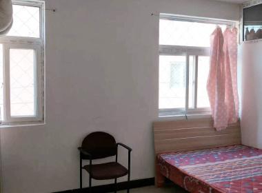 鑫鑫家园 1室0厅1卫