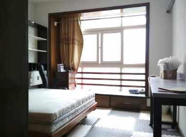 中皇广场 1室0厅0卫